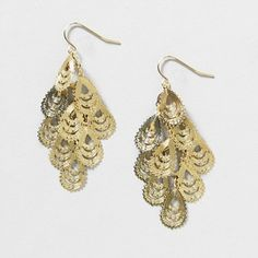 Gold filigree waterfall drop earrings... I love dangly, shiny earrings
