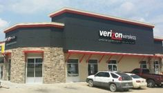 The people of Bolivar now have a brand new Cellular Sales store with spacious and updated floor space to peruse the latest in mobile devices and accessories, home phone service...