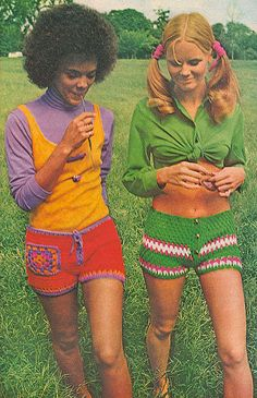 crocheted shorts! très 60's!!!