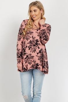 You can never have too many florals in your closet! This maternity top is perfect. With its cutout neckline and lightweight material, this floral maternity top offers you an effortless transition between seasons this year. Style with your favorite maternity jeans and flats for a complete look.