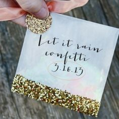 The confetti trend isn't going anywhere - include this festive detail in your wedding with these fun and easy DIY Glitter Confetti Bags.