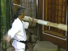 Uechi-ryu hand conditioning - YouTube Goju Ryu, Kenpo Karate, Self Defense Martial Arts, Martial Arts Techniques, Chinese Martial Arts, Martial Arts Workout, Martial Artists, Dojo, Okinawa