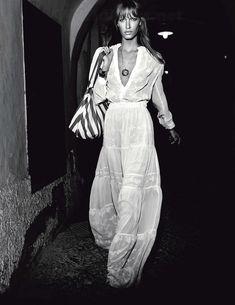 Amy Hixson by David Burton for Elle Italia August 2013 Looks Street Style, Looks Style, My Style, Gypsy Style, Bohemian Style, Boho Chic, Hippie Style, White Bohemian, Hippie Bohemian
