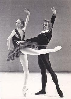 Natalia Makarova and Mikhail Baryshnikov in Don Quixote, 1975
