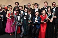 SAG Awards: Stranger Things vence, é ovacionada e Winona vira meme!