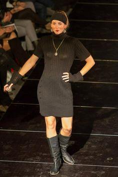 Genser/kjole laget i 100% babyalpakka