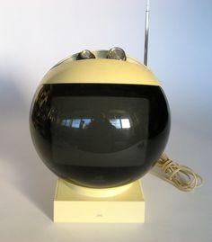VNTG JVC Spaceage Television