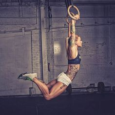 crossfitters: Christmas Abbott by Simply Perfection Photography.