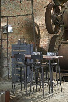 Old factory becomes loft - industrial interior - industrieel interieur- http://zincetboisbrut.tumblr.com/post/55585859720/pomax