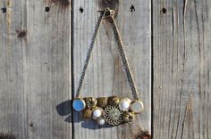 Do It Yourself >> Vintage Button Necklace