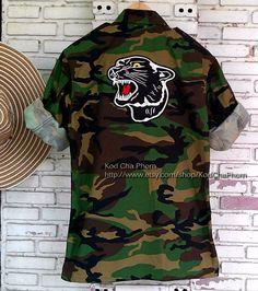 Vintage Blacke Tiger Camouflage Jacket No880088 by KodChaPhorn