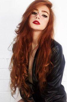 24 seductive shades of red hair for every tea .- 24 Seductive shades of red hair for every complexion and eye color – Cool Style - Hair Color Auburn, Auburn Hair, Red Hair Color, Cool Hair Color, Eye Color, Color Red, Color Shades, Magenta Hair, Girls With Red Hair