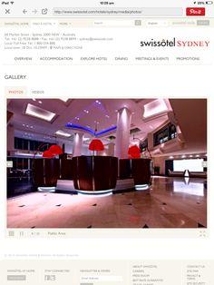Lobby and bar of Swissotel Sydney