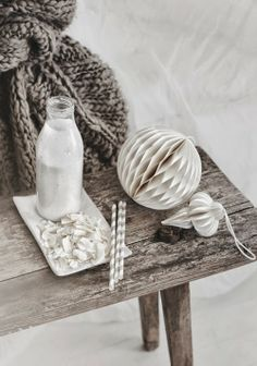 coconut almond milk for soulfood Shades Of Beige, Grey And Beige, Brown Beige, Taupe, Coconut Almond Milk, White Spirit, My Life Style, Thing 1, Estilo Boho