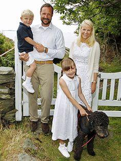 Norway's Royals-Crown Prince Haakon and Crown Princess Mette-Marit, Princess Ingrid Alexandra and Prince Sverre Magnus with dog Milly Kakoa