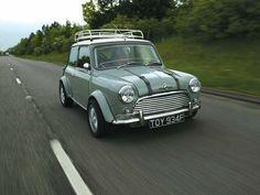 0503ht 01z+1967 Morris Cooper+Replica Passenger Side Front View