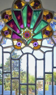 Detalle de la #TorreBellesguard http://www.viajarabarcelona.org/lugares-para-visitar-en-barcelona/torre-bellesguard/ #Gaudí #Barcelona