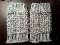 Looming Exclusive Designs: Cozy Gray Boot Cuffs
