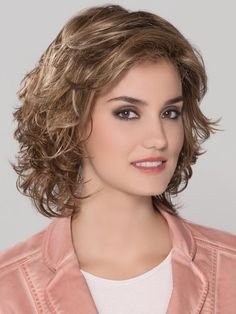 Shop our online store for Brown hair wigs for women.Brown Wig Lace Frontal Hair Platinum Wig With Dark Roots From Our Wigs Shops,Buy The Wig Now With Big Discount. Frontal Hairstyles, Permed Hairstyles, Hairstyles With Bangs, Short Hair With Bangs, Short Curly Hair, Medium Hair Styles, Curly Hair Styles, Natural Hair Styles, Platinum Wigs