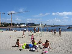The Nordic beaches – the sea waves, the fresh air and the golden sand  Photo: Karl Ragnar Gjertsen Krg, Wikimedia Commons, Licence CC 3.0