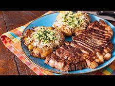 Cartofi zdrobiti la cuptor cu friptura - YouTube Romanian Food, Food Design, Steak, Food Photography, Dishes, Cooking, Healty Meals, Facebook, Youtube
