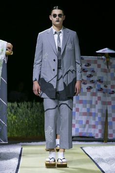A look from the Thom Browne Spring 2016 Menswear collection.