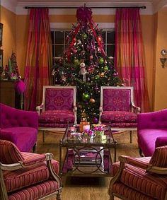 LOVE the Tree...LOVEEEE the room!!!