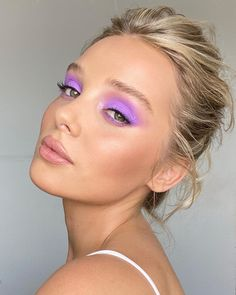 """Kelly on Instagram: """"Lavender Eyes with mixed paints by @danessa_myricks 🎨 👩🏼🎨 #kellydawnmakeup on @hamidahbrinkley with hair by @victoria_ralphhair 👁💜🔮 👾What…"""""""