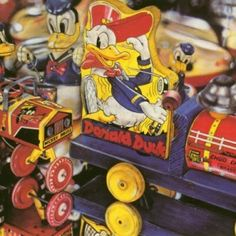 cesar santander A Cartoon, Cartoon Characters, Sweet Station, White Ducks, Oldies But Goodies, Toy Collector, Tin Toys, Toy Boxes, Vintage Toys
