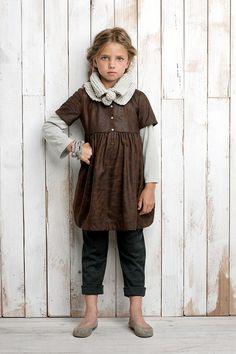 Girl's brown dress - Labube