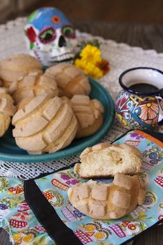 Sweet bread is a traditional offering to place on an altar and these conchas (shells) are the most famous Mexican pastries recognized in the United States. Recipe here.