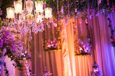 www.andreasimon.com.ec #andreasimonep #wedding #bride #groom #bridesmaids #flowers #floralarrangements #weddingplanning #ecuadorianwedding #chandelier #swing #petitfours #dessert #pattiserie
