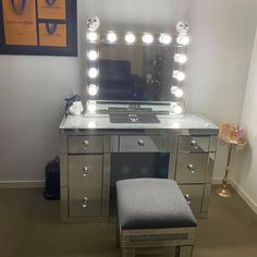 Call the bling police 👮♀️ it was nice to see you back for another purchase Tara. It looks really great🥰 Your Back, Vanity, Mirror, Nice, Instagram Posts, Bling, Furniture, Photos, Home Decor