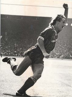 My first LFC game v West Ham, August 1984 - Paul Walsh scores after 14 seconds......
