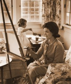 jackie-kennedy-painting-with-children-1.gif
