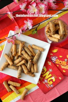 This is a very popular snack in Southeast Asia. It is crispy, spicy and pleasantly pungent, typical of the Southeast Asian taste. Beware: this snack is utterly addictive! Chinese New Year Cookies, Chinese New Year Food, Bar Restaurant Design, Restaurant Recipes, Asian Snacks, Asian Desserts, Chef Recipes, Snack Recipes, Asian Recipes