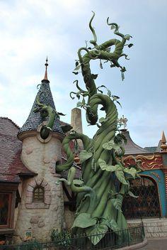 Jack's Beanstalk at Disneyland by PhilCoxNZ, via Flickr