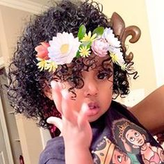 Hey instagram... Playing around with snap chat.. #snapchatme #royalty #babylove #curlyhair