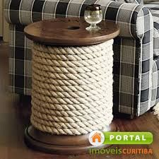 cable spool + rope = awesome spool like side table! cable spool + rope = awesome spool like side table! Diy Coffee Table, Diy Table, Ballard Designs, Palette Deco, Wooden Spools, Wire Spool, Nautical Home, Nautical Table, Vintage Nautical Decor