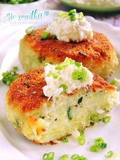 Sio-sorrows: Cutlets with horseradish potatoes Veggie Recipes, Vegetarian Recipes, Cooking Recipes, Healthy Recipes, Easter Dishes, Food Photo, I Foods, Food To Make, Sandwiches