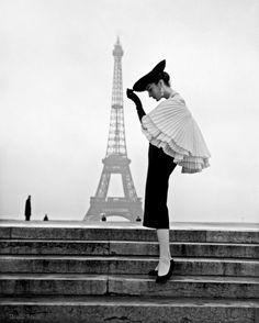 Walde Huth Paris 1955