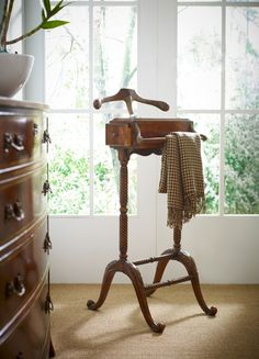 "furniture-meubles: "" Jonathan Charles Fine Furniture. Valet Stand Savoir-faire. """