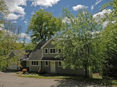 Winhall, Vermont Real Estate | Mountain  Fantastic View property at High Meadow. Turnkey ready to move into and enjoy.