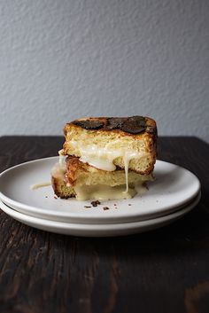 Luscious recipe for Truffle Honey Grilled Cheese made with creamy taleggio cheese, fresh truffles and a drizzle of honey on toasted brioche! Wine Recipes, Dessert Recipes, Cooking Recipes, Lunch Recipes, Sandwiches, Cata, I Love Food, The Best, Delish