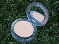 @WhenImOlderBlog thinks Pür Minerals 4-in-1 Mineral Powder Foundation should be a staple in everyone's makeup routine!