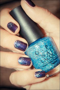 Video Tutorial on sparkle gradient nails. P.S., this blog is GREAT!