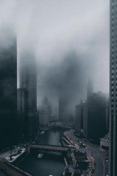 Chicago Looks Dark, Dream-Like & Unbelievably Beautiful in These Photos Urban Photography, Street Photography, Images Terrifiantes, Travel Photographie, Dark City, City Aesthetic, City Landscape, Urban Landscape, Gotham City