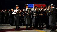 The two Slovak soldiers killed on Friday in a bomb attack on a military convoy in Kabul will be buried with full military honours, a spokesperson for the Defence Ministry confirmed. The date of the ceremony is not yet known. Click for the full story.