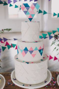 geometric heart cake // photo by Lauren Fair