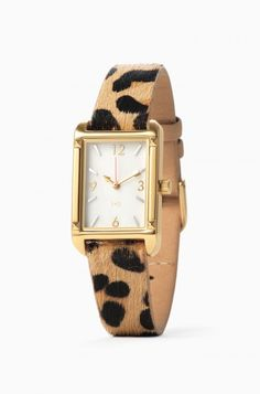 This chic animal print watch will update your look instantly. With a mother-of-pearl watch face, this watch is a must-have, only from Stella & Dot.